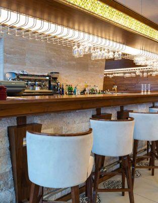 Xezine Bar